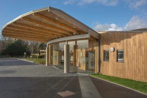 Photo of The front of The Oaks Crematorium Havant