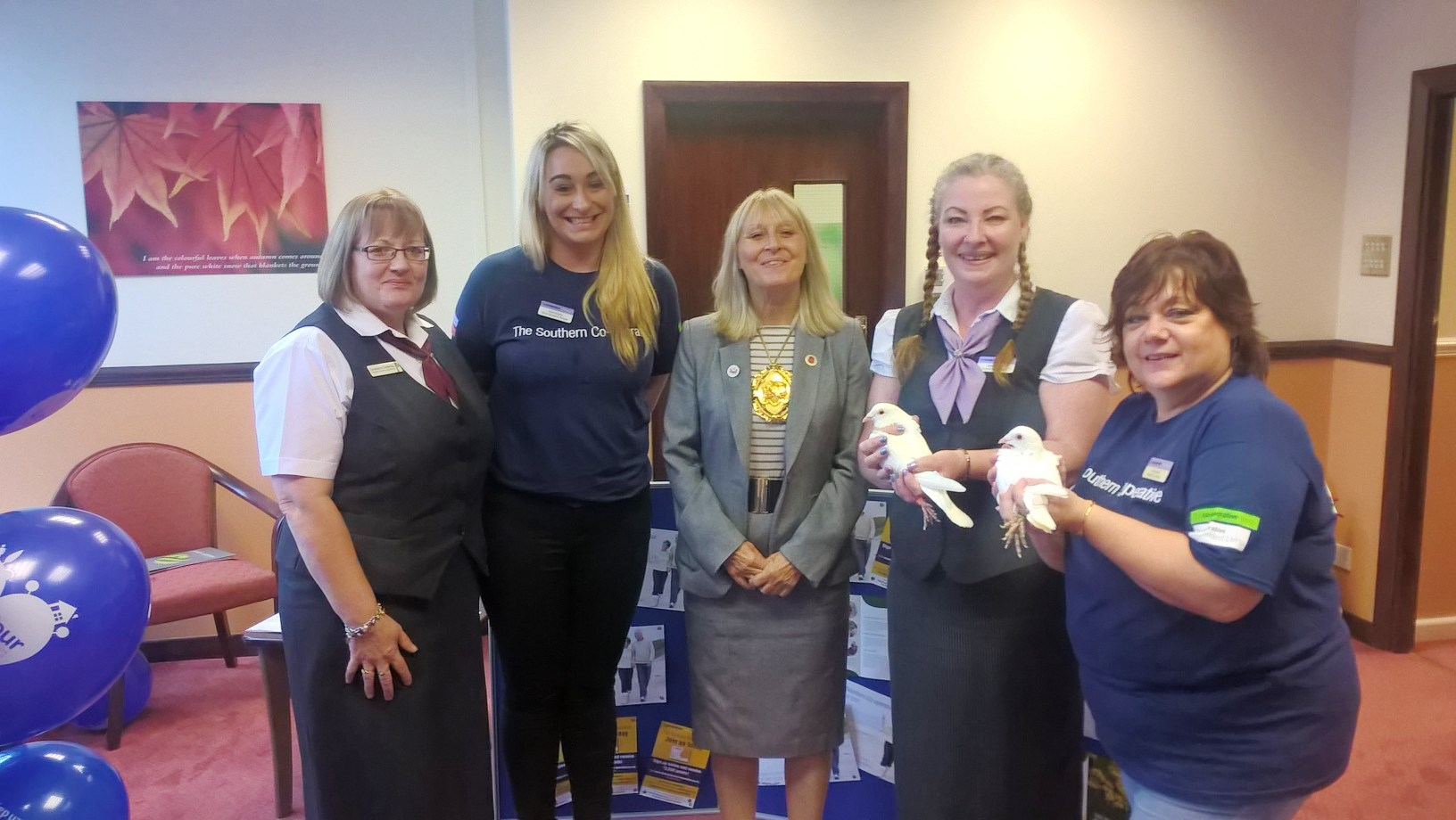 The Southern Co-operative Funeralcare colleagues with the Mayor of Rushmoor, Councillor Jacqui Vosper. L-R: Connie Sweeney, Claire McGinty, the Mayor of Rushmoor, Councillor Jacqui Vosper, Debs Gulliford and Tracey Beale.